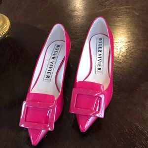 Roger Vivier Gommettine Pink Patent Leather Shoe